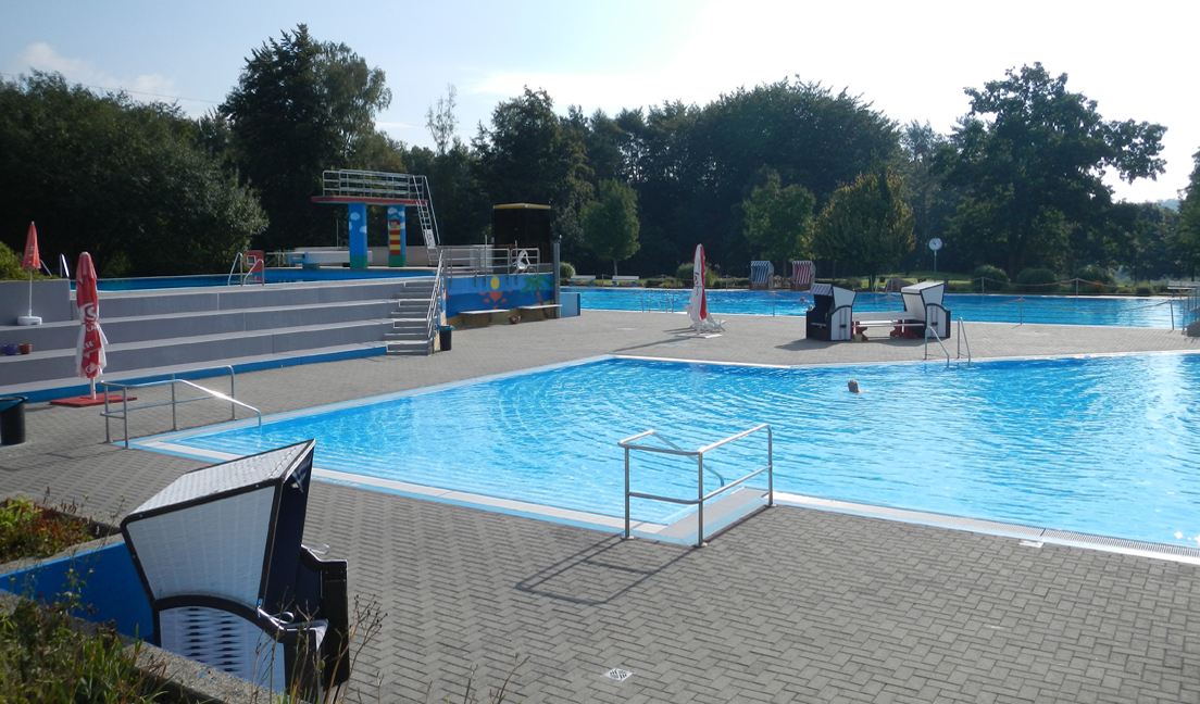 Waldschwimmbad Fuldatal-Ihringshausen auf Sparkurs mit dem DEPOLOX® Pool E 700 P Pool Management System